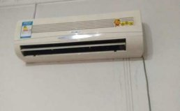 成都郫县美的空调维修及不制热加氟维修报价